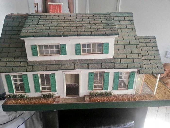 Fishermans cottage dollhouse | Little Victorian