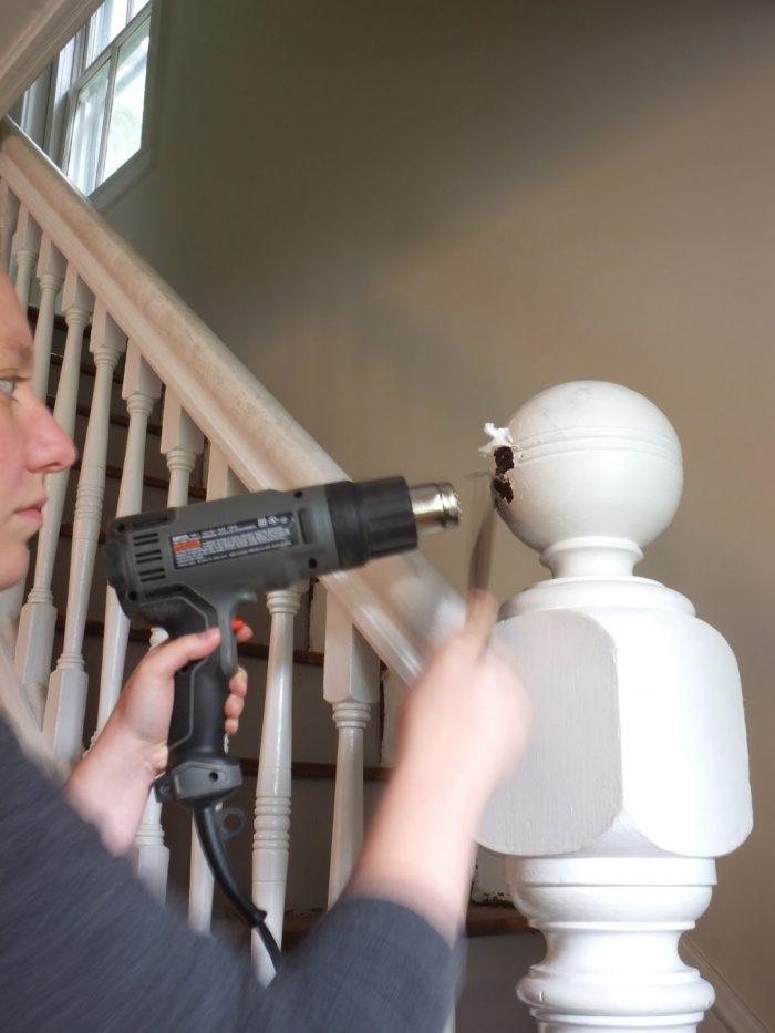 Stripping paint with heat gun (7)
