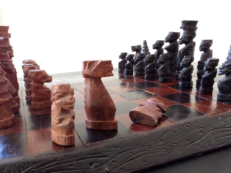 Hand-carved-chess-set (4)