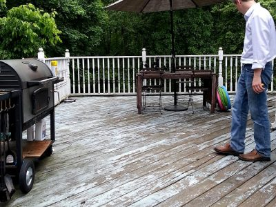 """Maintenance (The deck's """"before"""" photos)"""
