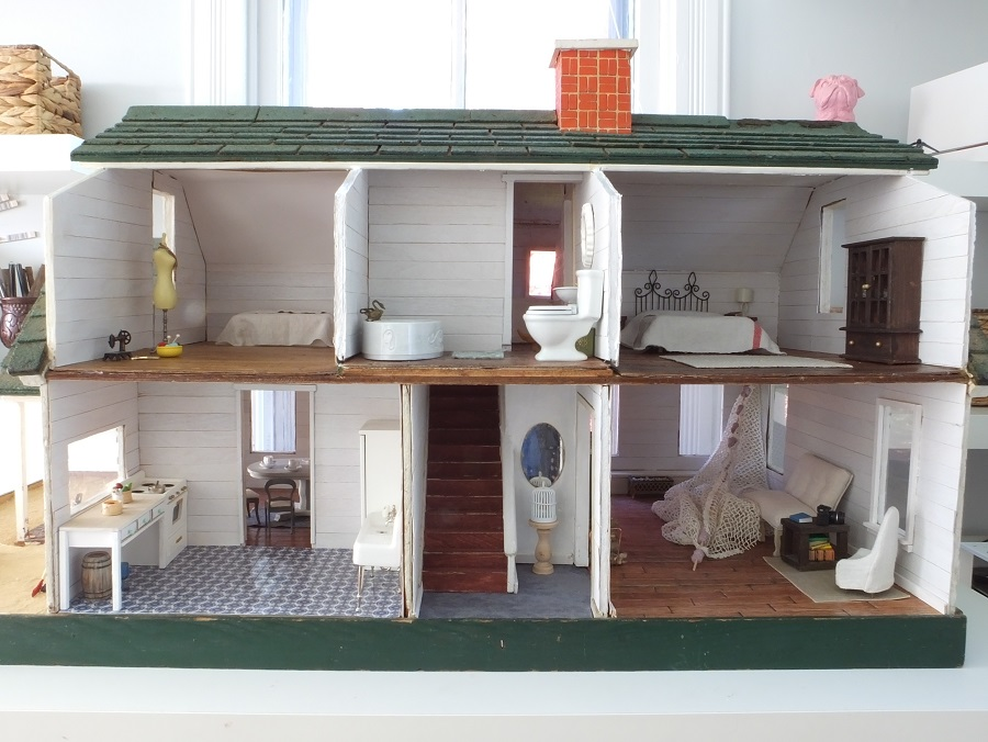 Fishermans-cottage-dollhouse (11)