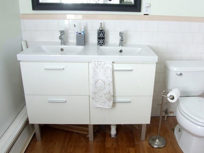 Bathroom Vanity (4)