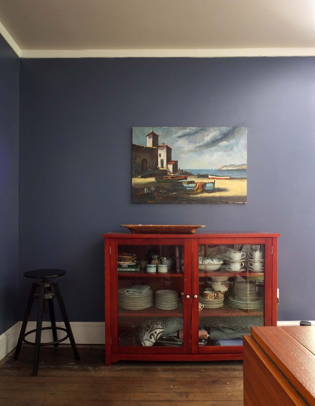 blue-dining-room-painting